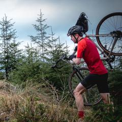How to dress for summer cycling in the UK